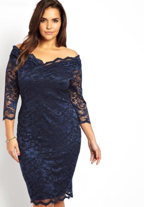 Шиються сукні з дорогих тканин. Але залишилася одна незмінна особливість  сукні - його довжина. Плаття не має бути в підлогу. fb03a6de97323