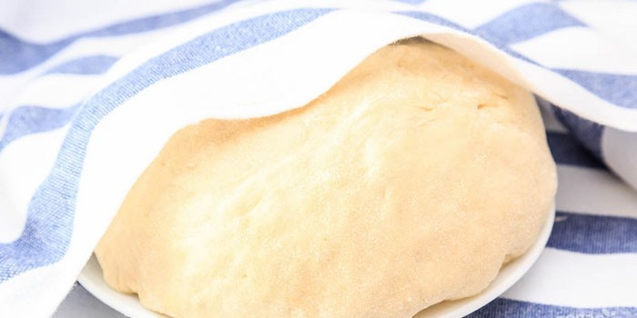 Мягкое тесто на кефире без дрожжей