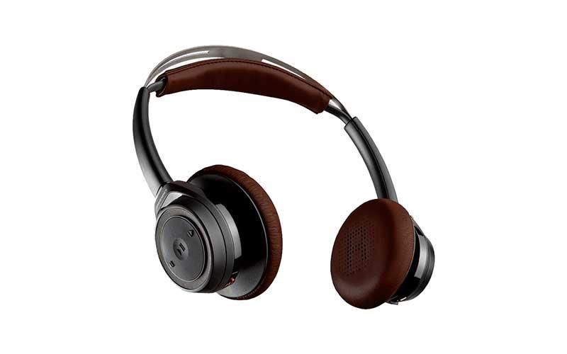 ... навушників над вухом пропоновані на ринку. Навушники є легкими і  простими e66d6a38f81fb